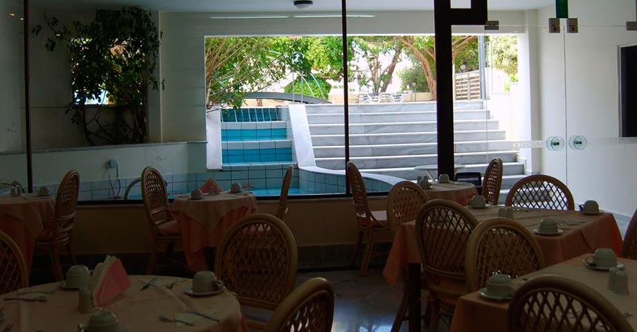 Yakinthos Hotel Chania 3*